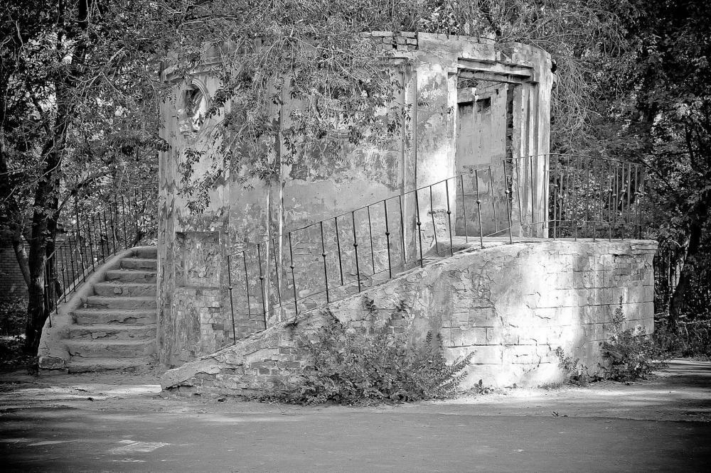 Фрагмент истории в парке